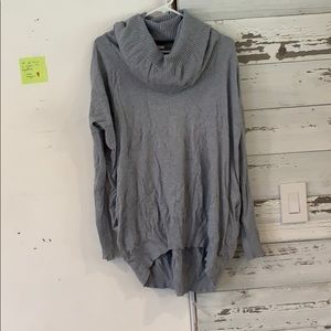 NWOT sweater with pockets